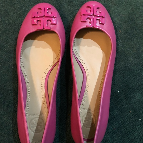 e59a87185fc58e ... coupon for nwot tory burch summer flats 5763a 93ee7